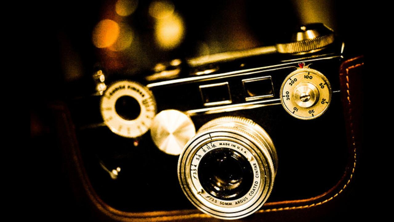 Vintage Camera Clipart Wallpaper