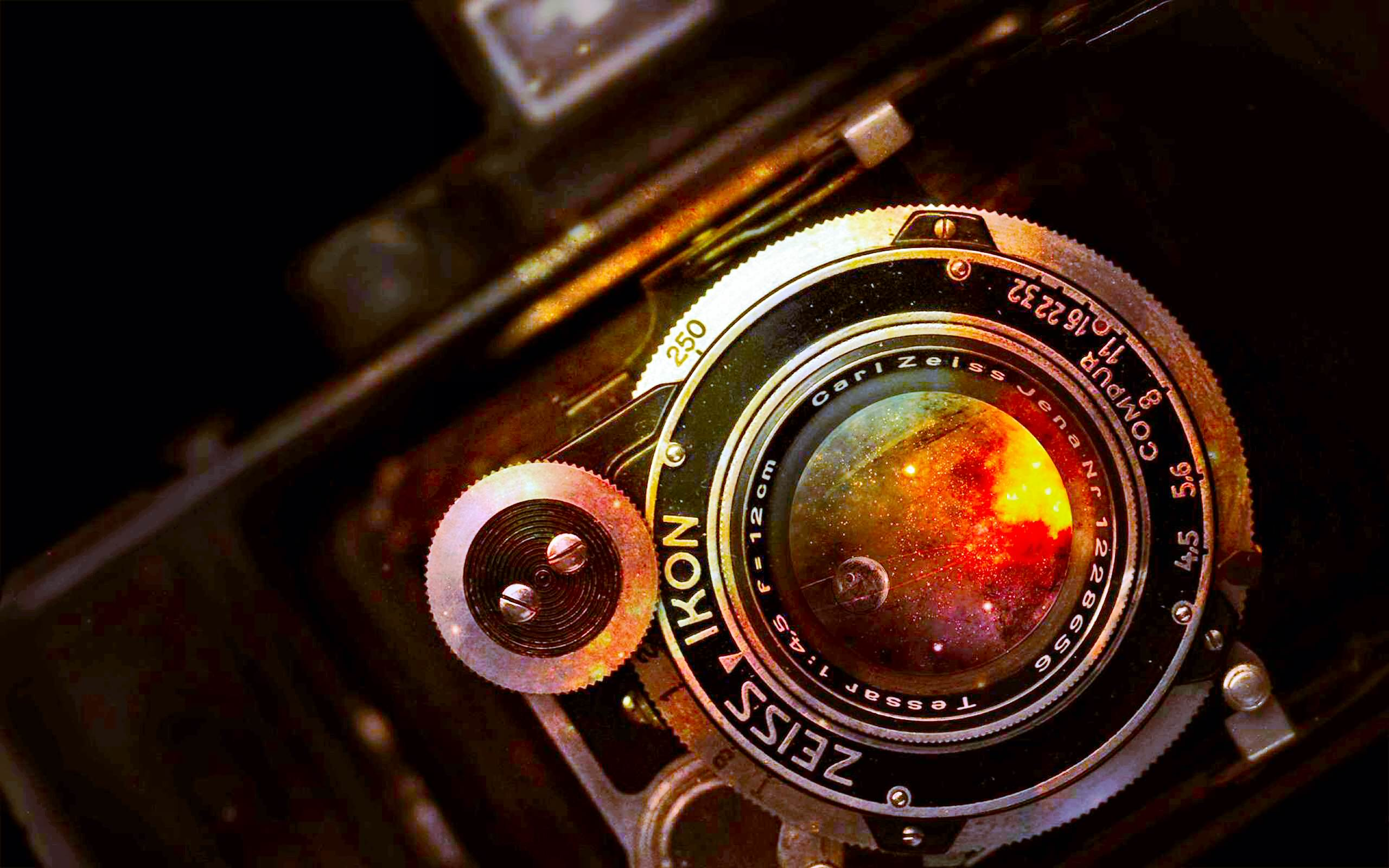 Vintage Carlzeiss Camera Wallpaper