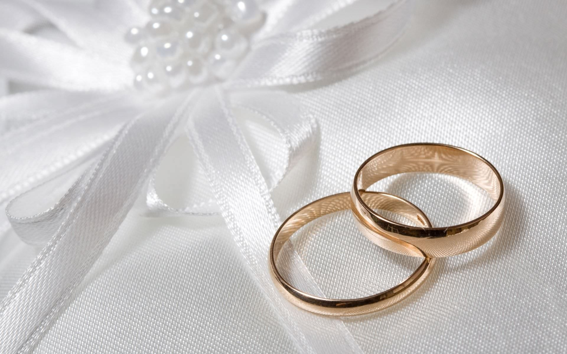 Wedding Rings Background Wallpaper