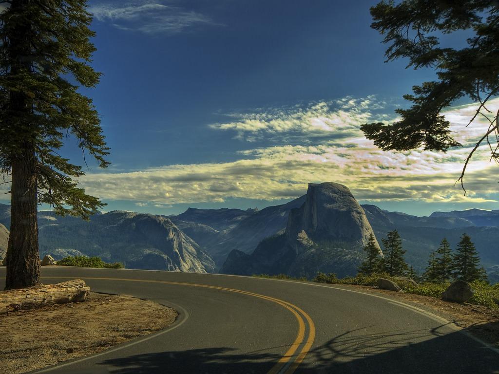 Yosemite Road Wallpaper