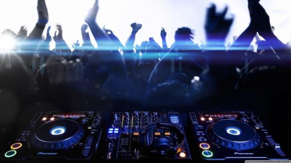 Download Pioneer DJ wallpaper