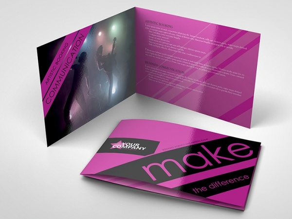 Pages Event And Artistic Brochure