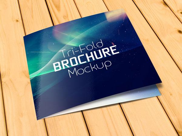 21 Square Brochure Mockups Freecreatives