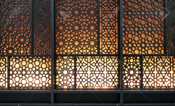 curved steel islamic pattern