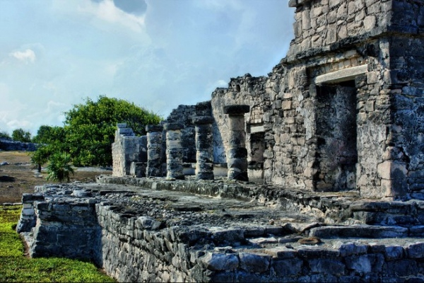 mayan ruins travel photography