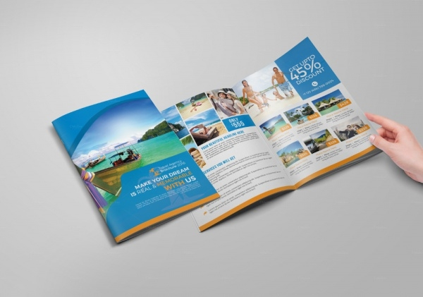 Fully Editable Holiday Brochure