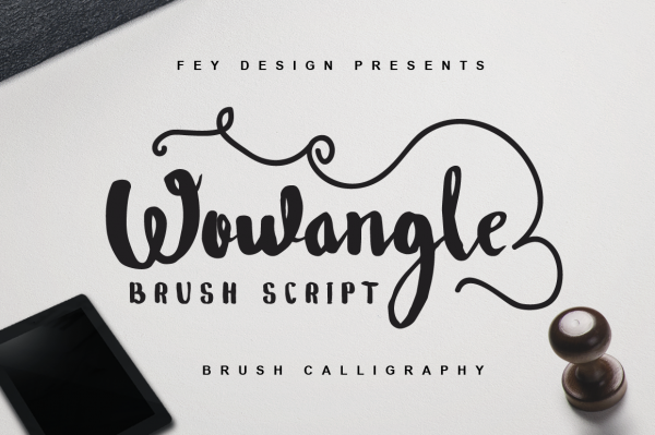 Wowangle Brush Script Vintage Font
