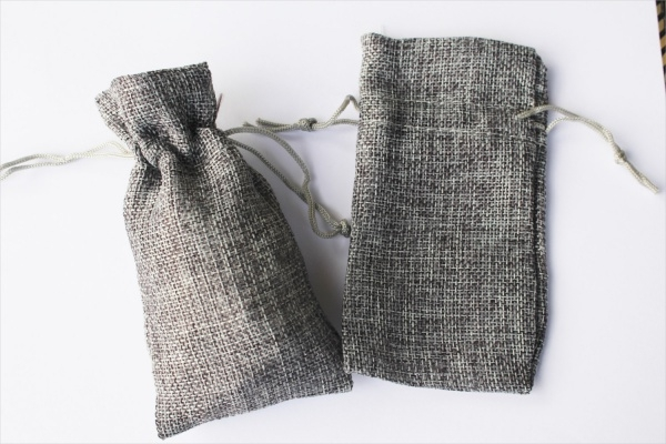 Natural Pouches Jewelry Packaging
