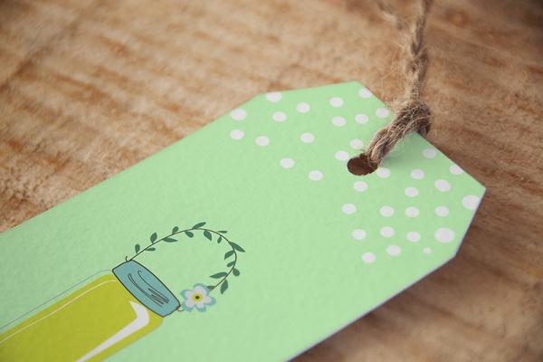 Elegant Gift Tag Design