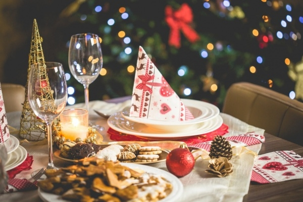 Christmas Dining Decorative Picture Free