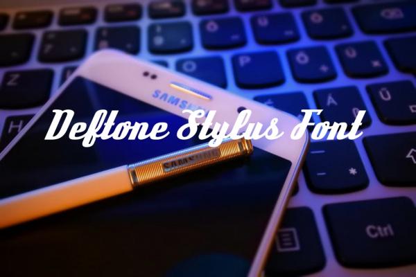 Cute Cursive Deftone Stylus Font