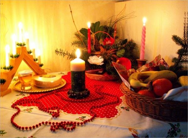 Free Christmas Dining Image