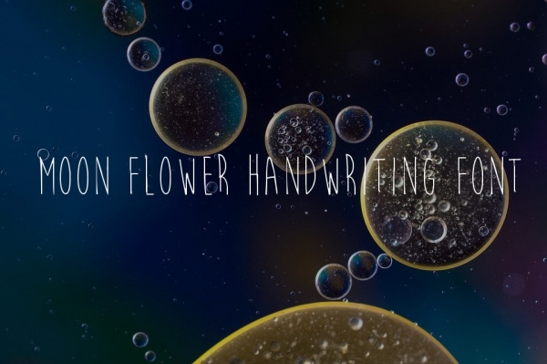 Free Moon Flower Handwriting Font