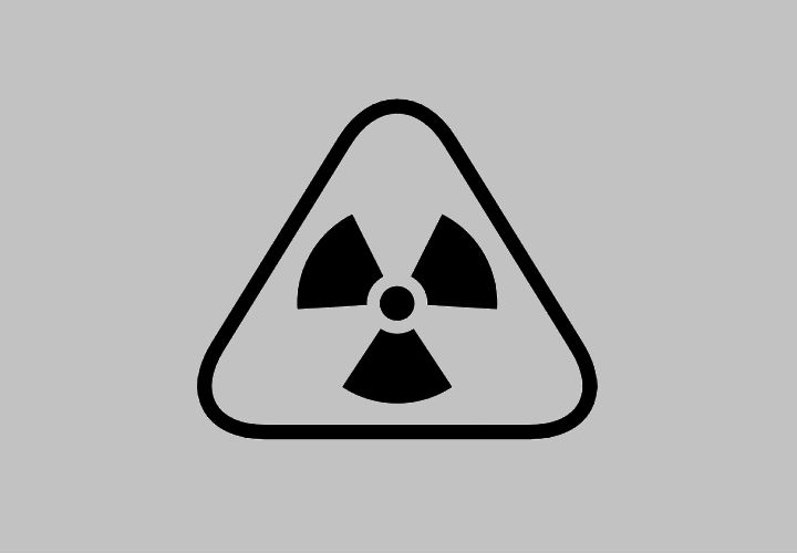 radiation-warning-triangular-sign_318-56070